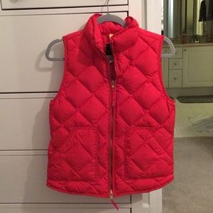 J. Crew Jackets & Coats - J.Crew tomato red puffer vest size small